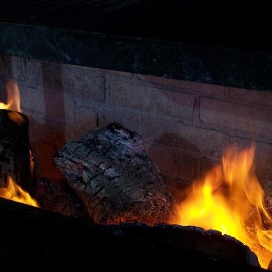 fuego y brasas